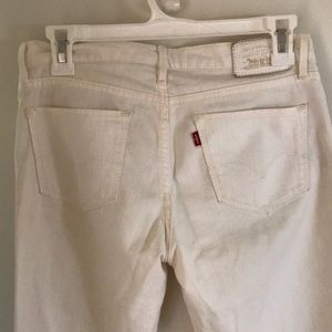 Levi's Jeans - Levi's cropped ankle white jeans